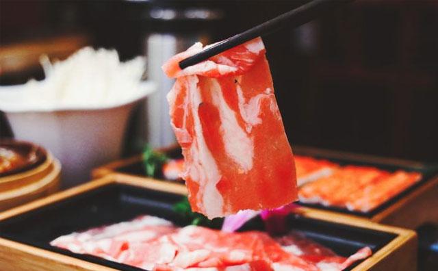 想要自己火锅店生意好,就要认清自己的消费者