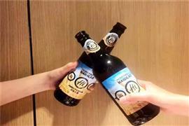 海底捞经典大麦啤酒,酒香四溢