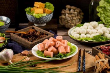 如何选择加盟一个好的火锅食材超市品牌?