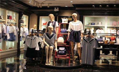 没经验开什么店有优势?卡地亚女装加盟怎么样?