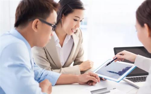 加盟少儿教育培训行业创业,怎么做才降低风险,成功创业?