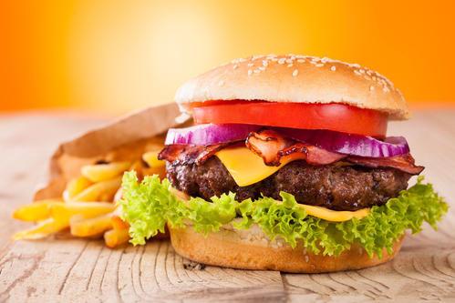 加盟一家汉堡店要投资多少钱?包括哪些费用?