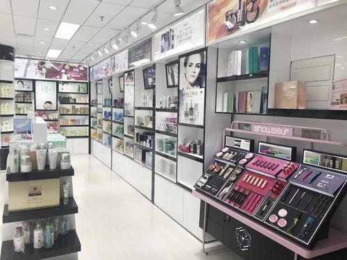 专业品牌更具市场优势 选择精妆联华化妆品收益有保障