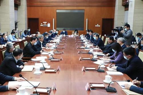 教育部长陈宝生:教育部将全力支持河南教育改革发展