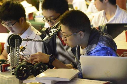 中学信息技术课加入编程、人工智能等内容