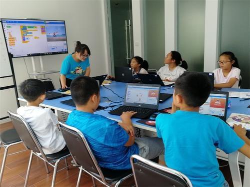 HelloCode:少儿编程教育对孩子的成长已至关重要