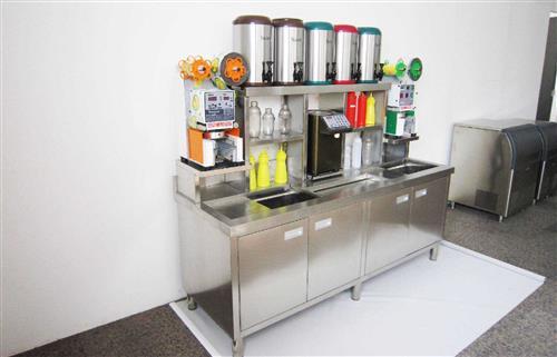 开一家饮品店都需要准备哪些机器设备呢?