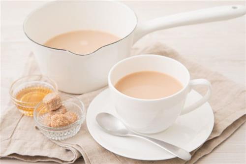 大学生创业开奶茶加盟店需要做好哪些准备?
