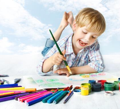 风车少儿美术教育