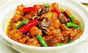 安镇黄焖鸡米饭