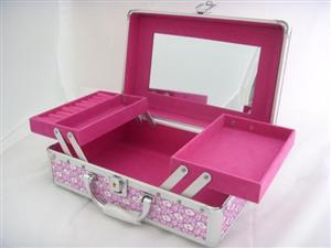 化妆盒加盟