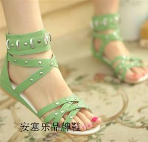安塞乐品牌鞋